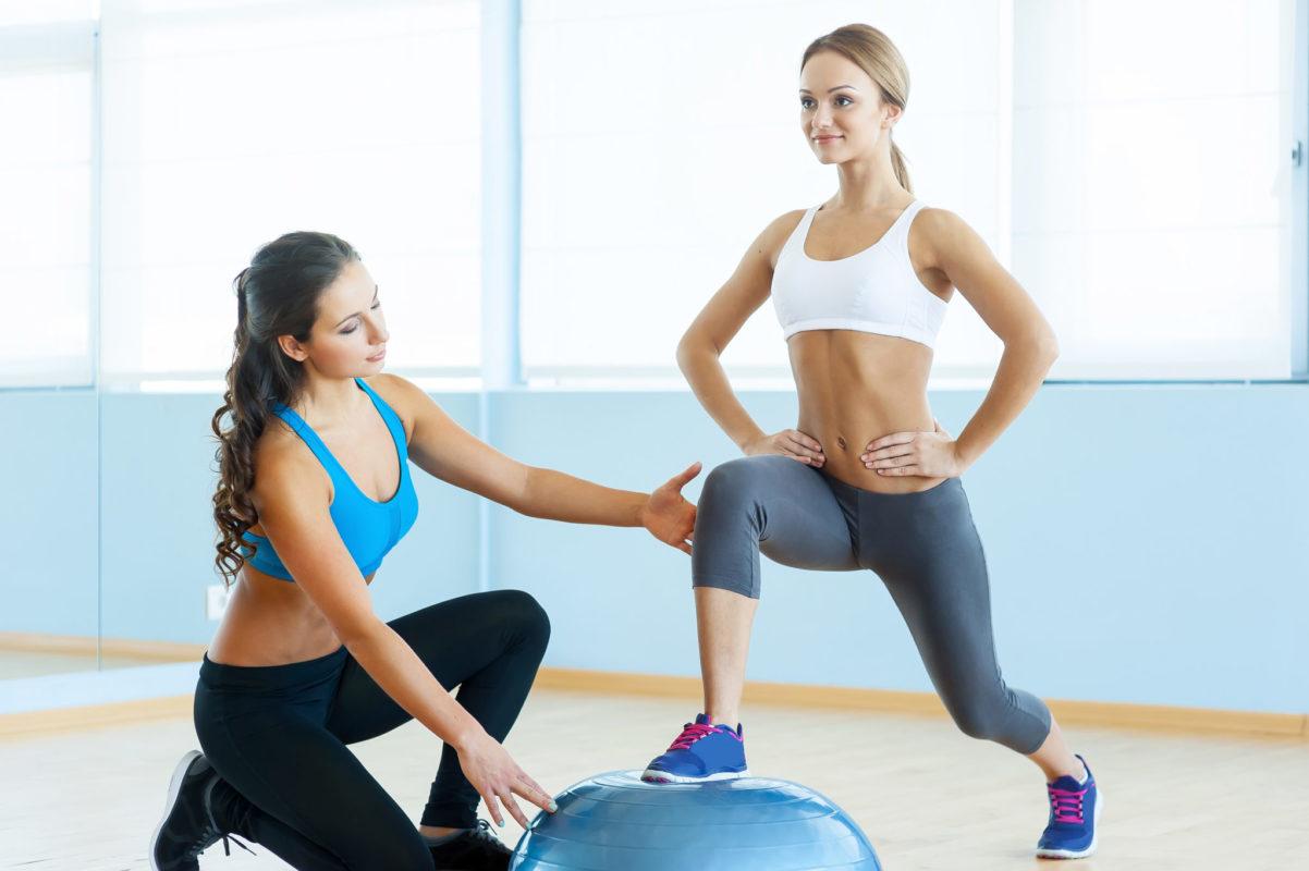 Как стать фитнес тренером девушке?